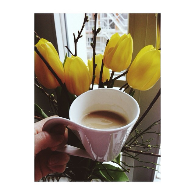Yellow sunday #happy #sunday #today #weekend #cozy #relax #coffee #goodmorning #morning #flowers #love #beautiful #igers #tflers #vscomoment #vscolove #vscolife #vscogrid #vscocam #vsco #dream #love #instagood #instalike #family #webstagram #follow #me #likeforlike