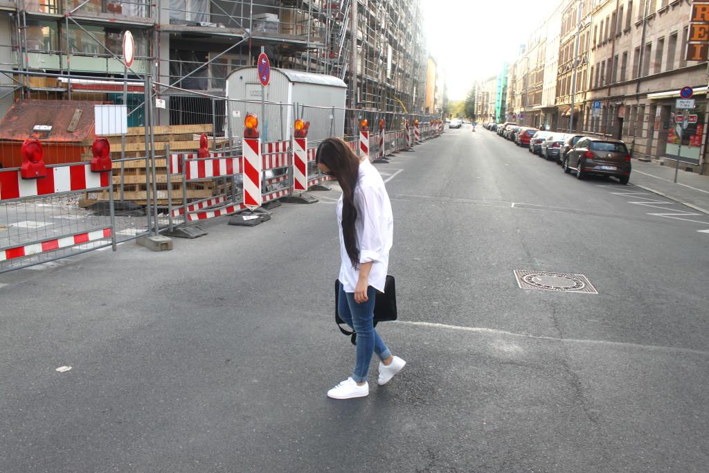 street walk, outfit, weiß